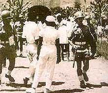 may 13 riots 041004 police gauntlets