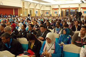 pkr congress 271110 crowd