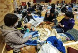 japan earthquake and tsunami people in shelters