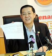 penang freewifi contract signing ceremony 260311 lim guan eng