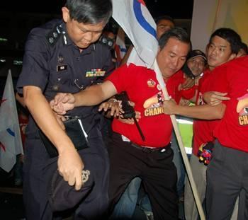 Chong Snr ceramah in kuching