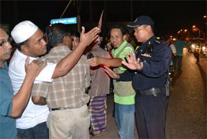 anwar ibrahim, ceramah pandi kutty, melaka, disrupt by police