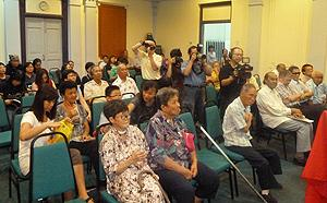 book launch the way home story of ex leoprosy patients 090911 03