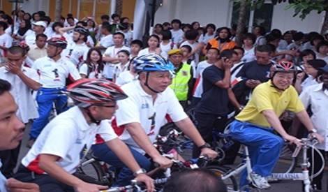 najib and lim guan eng penang cycle event 250911 big