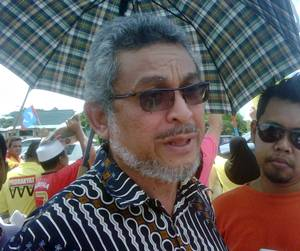 Shah Alam toll protest Shah Alam MP Khalid Samad