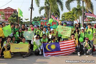 pengerang himpunan hijau 300912 supporter 03
