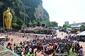 protest at batu cave temple 261012 05