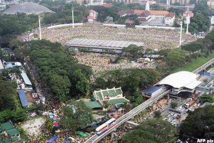 rally people's uprising bird's eye view