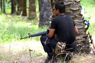 lahad datu 050313 soldier with gun 02