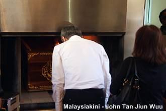 chin peng funeral 230913 last respect