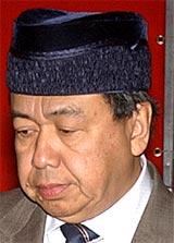 sultan of selangor sharafuddin idris shah