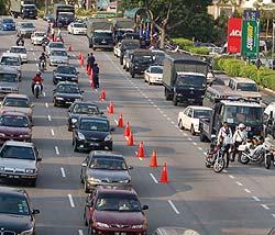 summit toll protest 180307 block road