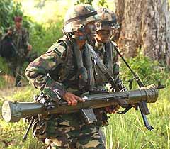 military tentera askar soldier malaysia 260307 mobile artillery