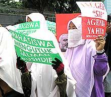 pas middle east conflict protest demo 290607 women