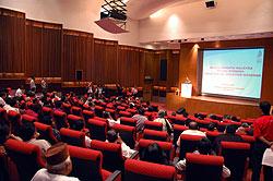 mahathir meets bloggers 150807 crowd