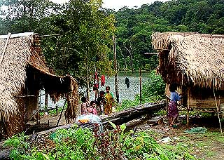 jahai orang asli 220807 houses