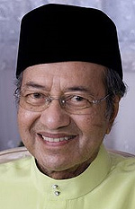 mahathir out of ijn 121007 smile